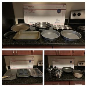16 Piece Lot of Pots, Pans, and Bakeware for Kitchen for Sale in Arlington, VA