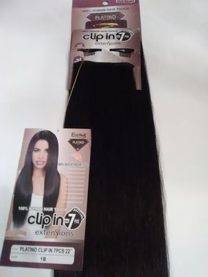"22"" black hair extensions - able to curl for Sale in Downey, CA"
