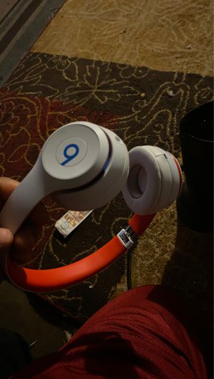 Beats solo 3 for Sale in Compton, CA