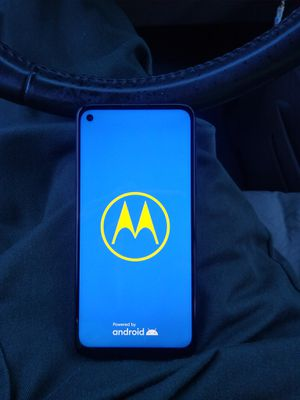 Moto G cell phone for Sale in Tamaqua, PA