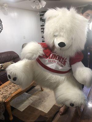 Big teddy bear for Sale in Fresno, CA
