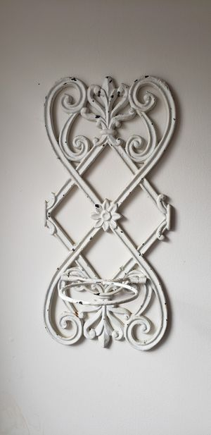 Vintage cast iron plant holder for Sale in Chicago, IL