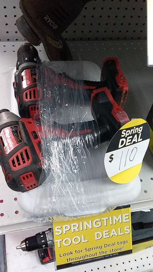 Milwaukee m18 cordless drill set for Sale in Pompano Beach, FL