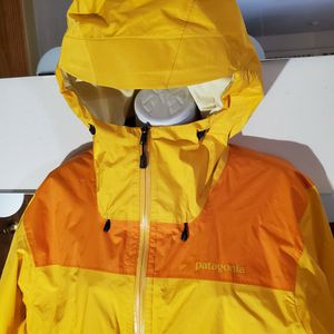 Patagonia Men's H2No Torrenshell Rain Jacket (L) for Sale in Chicago, IL