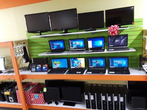 Computer Laptops $99/ Monitors $49/ Small Tvs $49 for Sale in Kennedale, TX