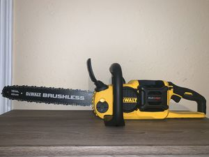 "NEW DEWALT 60V CHAINSAW 16""(TOOL ONLY) NO BATERIA NO CARGADOR for Sale in Dallas, TX"