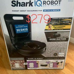 Shark IQ Robot Self-Empty™ XL UR1005AE, Robot Vacuum, IQ Navigation™, Wi‐Fi ...brand new mint in the box... for Sale in Rosemead, CA