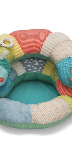 2-in-1 Tummy Time and Seated Support for Sale in Brooklyn,  NY