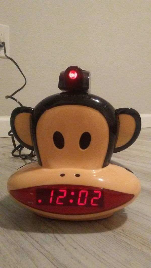 Paul Frank AM FM projection alarm clock/radio