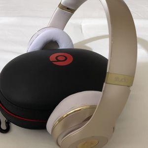 Beats Studio Wireless 3 Gold for Sale in Los Angeles, CA