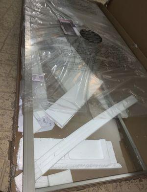Shower door / satin nickel ove Venice edition for Sale in San Antonio, TX
