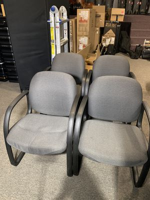 4 Lazyboy reception / waiting rooms chairs Grey with black hand rails and feet set of 4 for Sale in Pittsburgh, PA