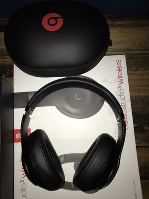 Beats Solo 3 Wireless for Sale in Los Angeles, CA