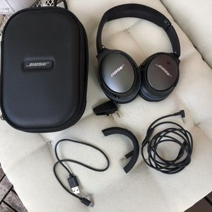 Bose Quiet Comfort 25 Noise Canceling Headphones for Sale in Miami, FL
