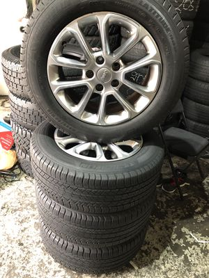 rims and tires high quality for Sale in Baltimore, MD