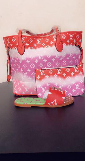 Size 39 Louis Vuitton bag for Sale in Miramar, FL