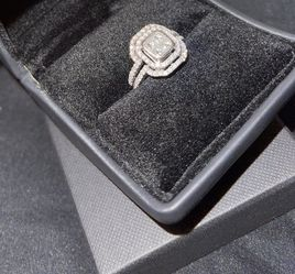 Real 14k White Gold Weeding Engagement Ring for Sale in Tacoma,  WA