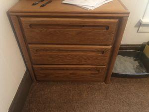 Oak bedroom set for Sale in Beloit, KS