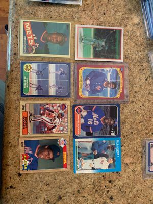 Dwight Gooden Cards plus one wax pack of 1986 Fleer for Sale in Upland, CA