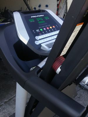 Proform treadmill Performance 400c for Sale in Tampa, FL