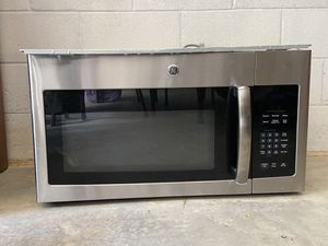 GE Over-the-Range Microwave (needs repaired) for Sale in CASTALIN SPGS, TN