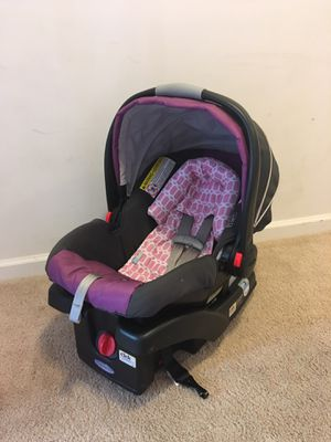 Baby Girl car seat for Sale in Lexington, NC