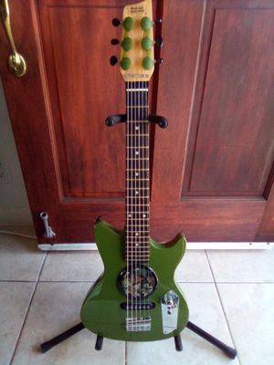 First Act Discovery Electric Guitar for Sale in Vista, CA