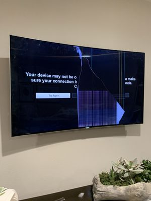 Samsung UN55KS9500 Curved 55-Inch 4K Ultra HD Smart LED TV (Cracked screen) for Sale in Baldwin Park, CA