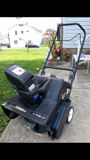 "Yard-Machines 21"" Inch 4.75 HP Single Stage Snowblower for Sale in Aurora, IL"