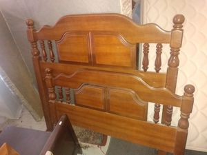 Twin size vintage bed with rails for Sale in Greensboro, NC