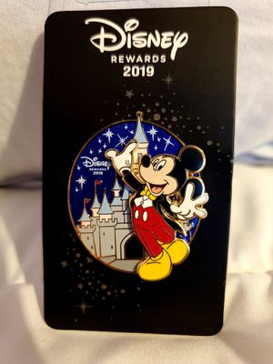 Mickey Mouse Tuxedo – Disney Rewards Cardmember Pin 2019 for Sale in Los Angeles, CA
