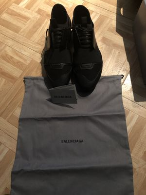 balenciaga runners size41 100% authentic with receipt for Sale in Brooklyn, NY
