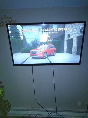 Lg 55 inch perfect tv manufactured may 2012 for Sale in Renton, WA