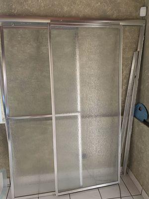 Shower door/puertas de ducha.Free for Sale in Hialeah, FL