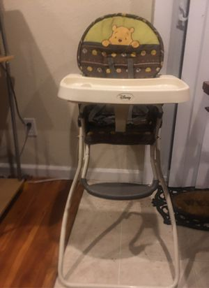 High chair for Sale in Union City, CA