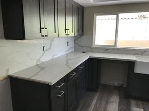 Kitchen cabinet and countertop for Sale in Chino, CA