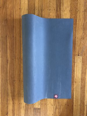 Eko Yoga Mat 5mm for Sale in San Francisco, CA