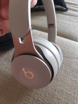 Beats Solo Pro Wireless Noise Cancelling for Sale in Lincolnia,  VA