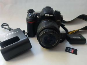 Nikon D7000 dslr digital camera with 18-55mm lens 64gb SD card low shutter great condition for Sale in South Gate, CA