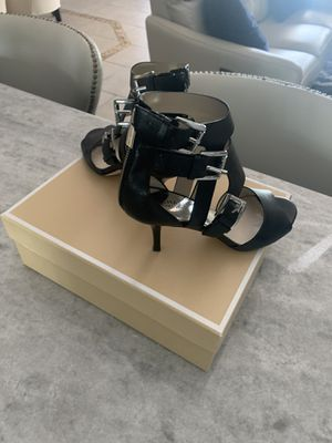 Michael Kors Size 8 they look new for Sale in Cape Coral, FL