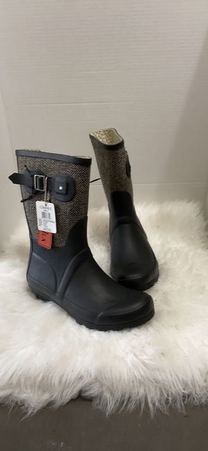 New with tag chooka rain boots size 6-7 for Sale in Detroit, MI
