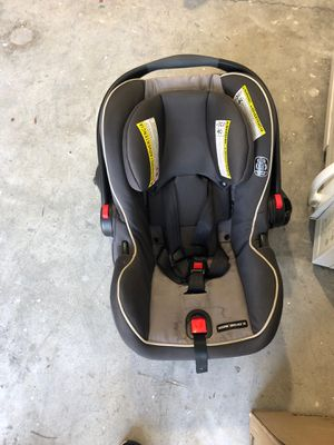 Car seat with base for Sale in North Charleston, SC