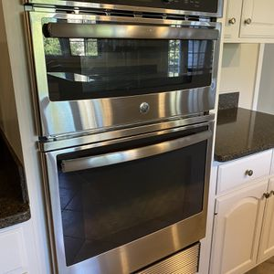 """Like New GE Combination 27"""" Double Wall Microwave/Oven for Sale in Oakton, VA"""