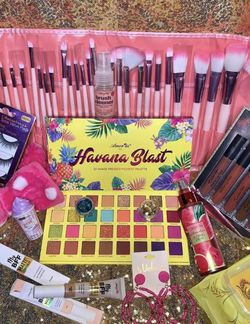 Makeup Raffle Draw $5 for Sale in Tacoma,  WA