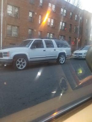 98 GMC suburban k1500 for Sale in Washington, DC
