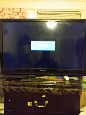 39 inch insignia flat screen tv for Sale in Woonsocket, RI