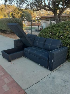 Sofa sectional cama for Sale in Los Angeles, CA