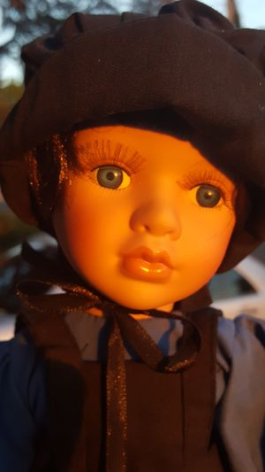 Lovely Amish porcelain doll for Sale in Hayward, CA