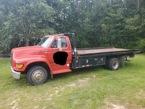 Tow truck, Ford. for Sale in Vidalia, GA