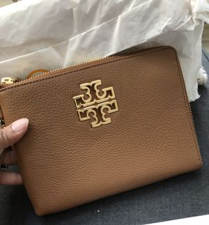 Authentic tory burch for Sale in San Diego, CA